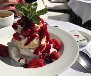 berries image
