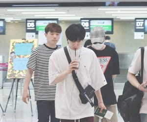 airport, super junior, and airport fashion image