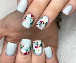 nails, flowers, and acrílico image