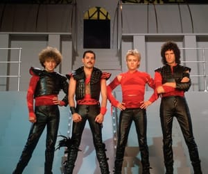 Freddie Mercury, Queen, and 80s image