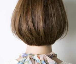cheveux, short, and coiffure image