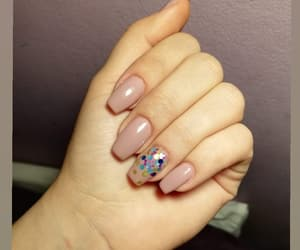 confetti, nude nails, and square nails image