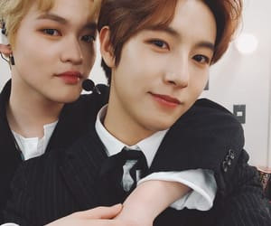 chenle, renjun, and nct dream image