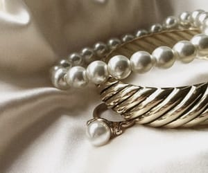 bracelet, jewelry, and pearls image