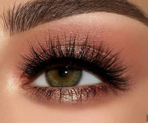 makeup, beauty, and eyelashes image