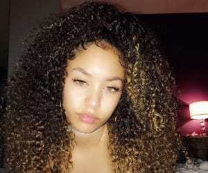 curly hair, edges, and girls image