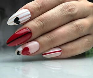 nails and اظافر image