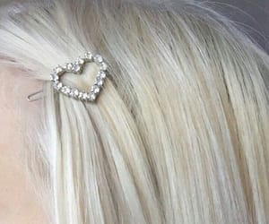accessori, heart, and hair image
