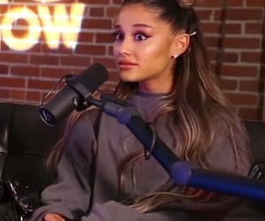 reaction and ariana grande image
