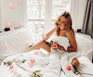 bed, valentine, and blonde image
