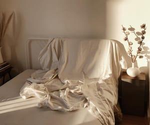 minimalism and room image