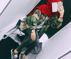 cool girl, otoño, and hijab fashion image