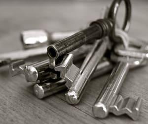 local locksmith brighton and car keys brighton image