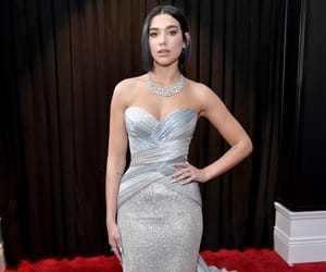 dua lipa, grammys, and red carpet image