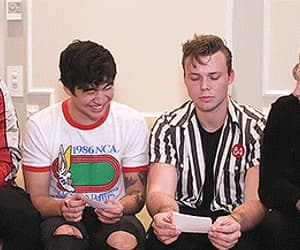 gif and 5 seconds of summer image