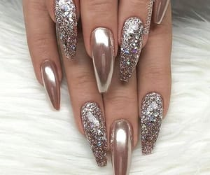 nails and sparkle image