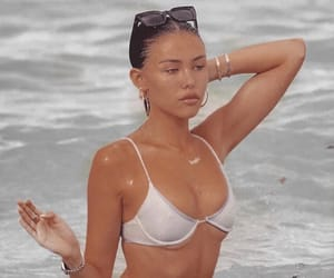 beach, madison beer, and aesthetic image