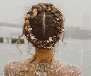 hair and dress image