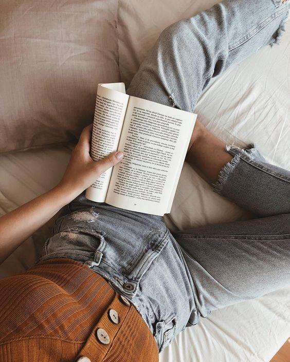aesthetic, books, and fandom image