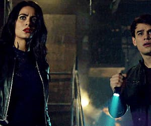 beauty, shadowhunters, and isabelle lightwood image