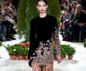 fashion, model, and oscar de la renta image
