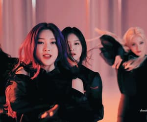 gif, loona, and choerry image