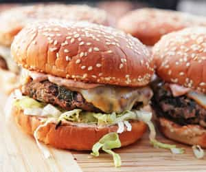 burger, cheeseburger, and lunch image