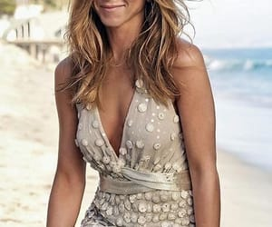 Jennifer Aniston image