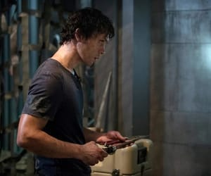 bellamy, the 100, and the hundred image