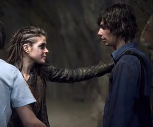 jasper, the 100, and devon bostick image