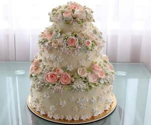 cake, comida, and flores image