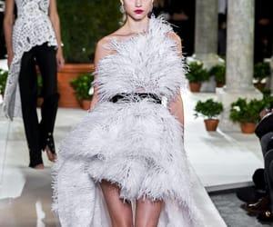 dress, fashion, and oscar de la renta image