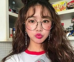 ulzzang, girl, and kpop image