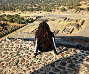 curly, teotihuacan, and cdmx image