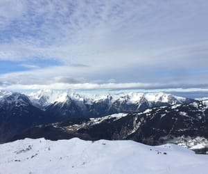 hiver, sky, and montagne image