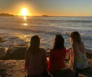 girls, life, and sea image