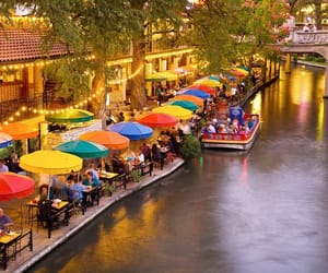 places to visit in texas image