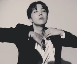 aesthetics, black and white, and boyfriend image