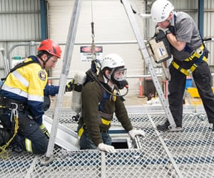 confined space australia, breathing apparatus, and fire safety training image