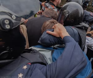 police and riot image