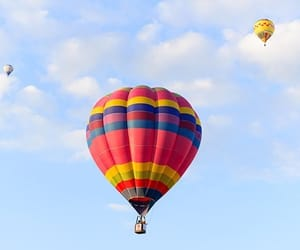 aesthetic, hot air balloon, and rainbow image