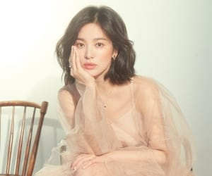 actress, Elle, and song hye kyo image