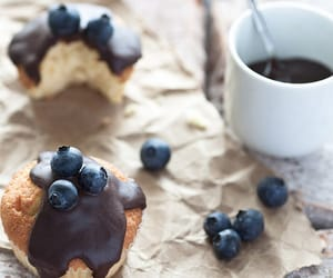 food, muffin, and yummy image