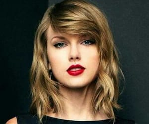 singer, beutiful girl, and Taylor Swift image