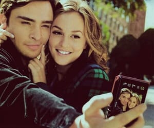 blair waldorf, chuck bass, and leighton meisster image
