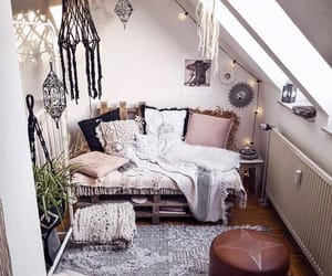 bedroom, fairy lights, and hippie image