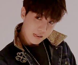 gif, bangtan, and jeong ho seok image