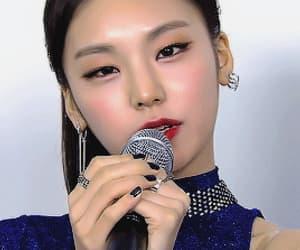 beautiful girl, ryujin, and chaeryeong image