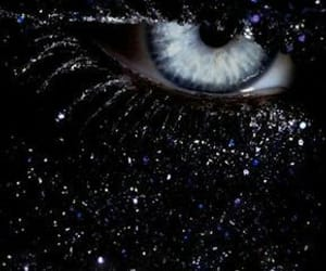 cry, dark, and oeil image