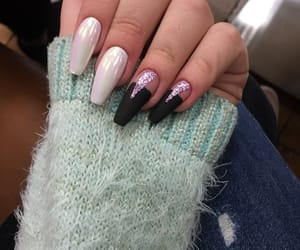nail, sparkles, and unicorn image